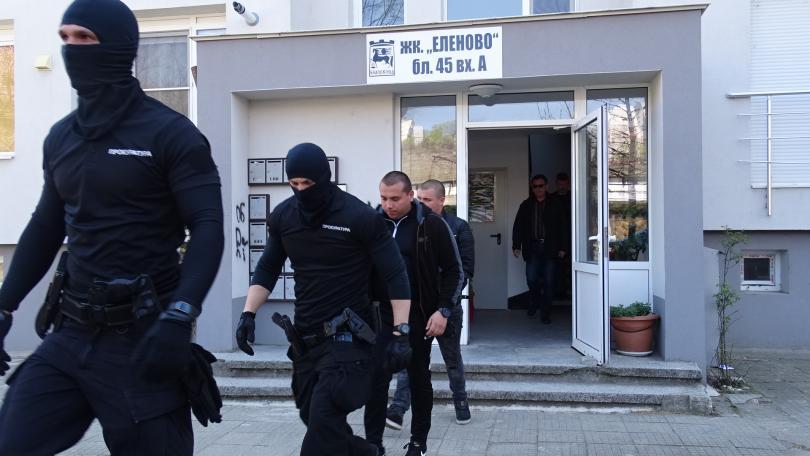 снимка 1 Арестуваха разследваща полицайка при спецакцията в Благоевград