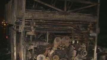Няма сериозно пострадали пътници от запалилия се автобус снощи