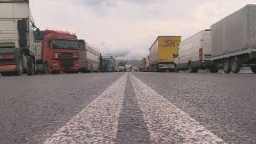 Провал на преговорите, блокадата по границата с Гърция остава