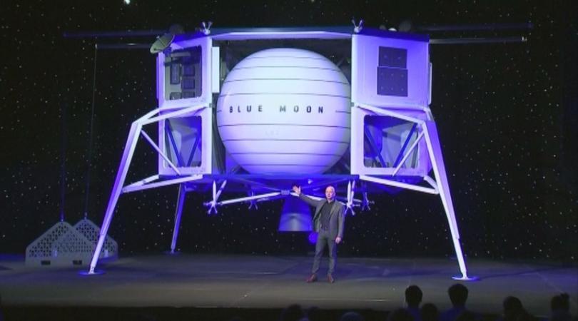 Милиардерът Джеф Безос представи прототип на апарат за кацане на