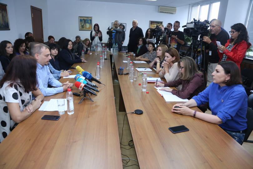 снимка 1 Редколегията на БНР поиска оставката на генералния директор на радиото