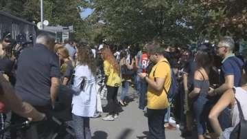 Протест на журналисти пред БНР