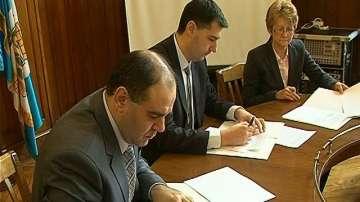 Общината договори със синдикатите 25 дни отпуск