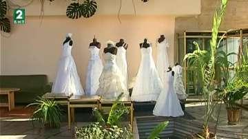 Опашки от желаещи да сключат брак в Пловдив
