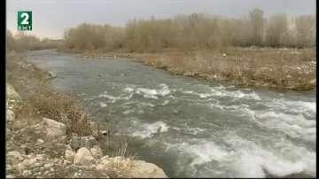 Река Чая край село Катуница е системно замърсявана