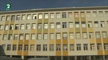 Санирането на Софийската математическа гимназия ще завърши преди Коледа