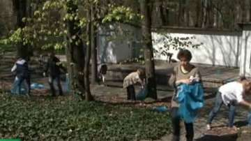 Започна пролетното почистване в София