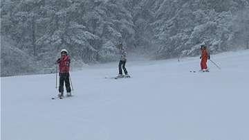 Безплатно ски обучение за деца от 1 до 4 клас в зимните курорти