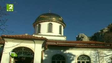 Рибната църква в Асеновград с нов купол