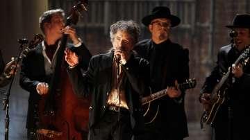 Боб Дилън с Нобелова награда за литература