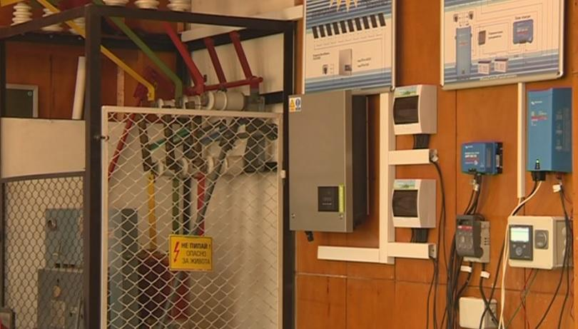 Снимка: Соларна лаборатория ще помага на учениците в Бобов дол