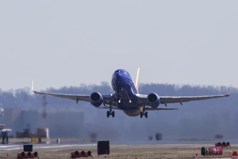 Ограничават се полетите на самолети Боинг 737, модификациите Макс 8