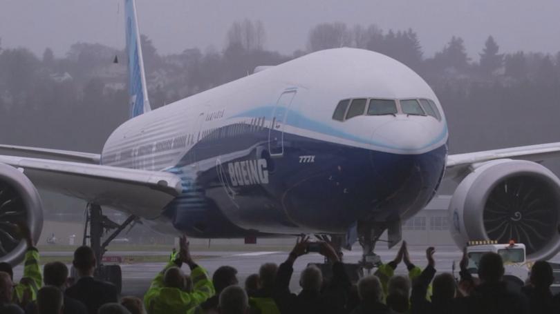 Най-големият самолет за ултрадалечни пътувания Боинг 777 Екс завърши първия