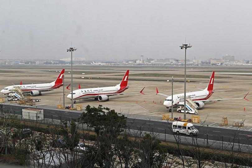 7 държави затвориха въздушното си пространство за