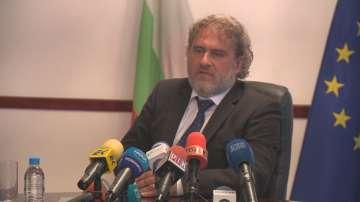 Боил Банов отказва да подаде оставката, поискана му от БСП
