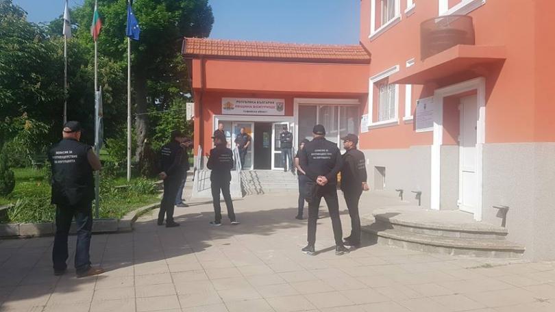 Спецпрокуратурата, КПКОНПИ и СДВР провеждат акция в община Божурище