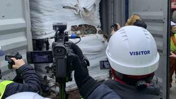 Коя е крайната дестинация за 20 контейнера с боклук на пристанище Бургас?