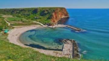 Плажът Болата излиза от резерват Калиакра, но остава защитена местност