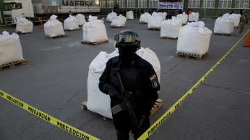 В Боливия заловиха над 7 тона кокаин