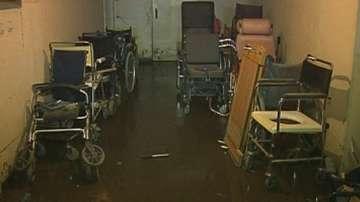 И днес отводняваха болница Света Анна във Варна