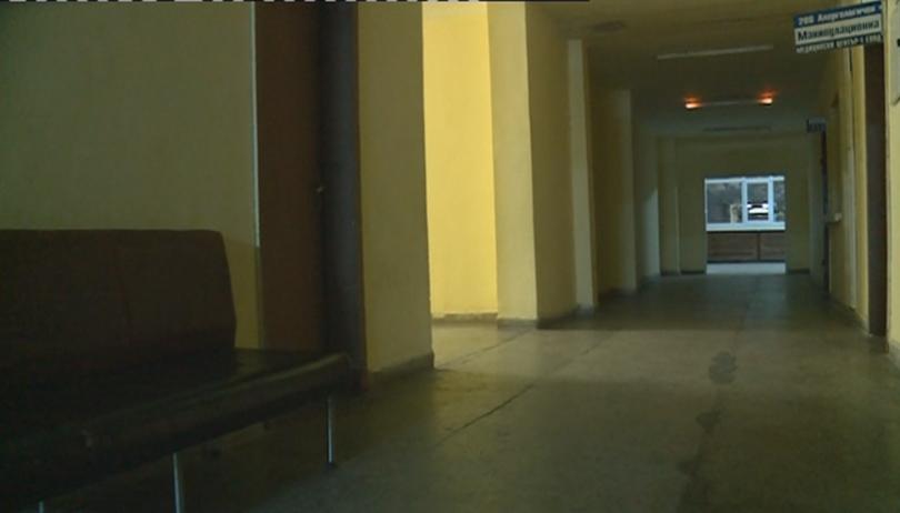Бебе беше изоставено в детската поликлиника в Петрич. Сигнал за