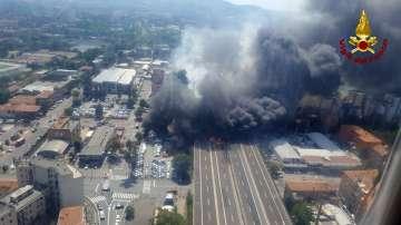 Мощна експлозия след катастрофа до летището в Болоня