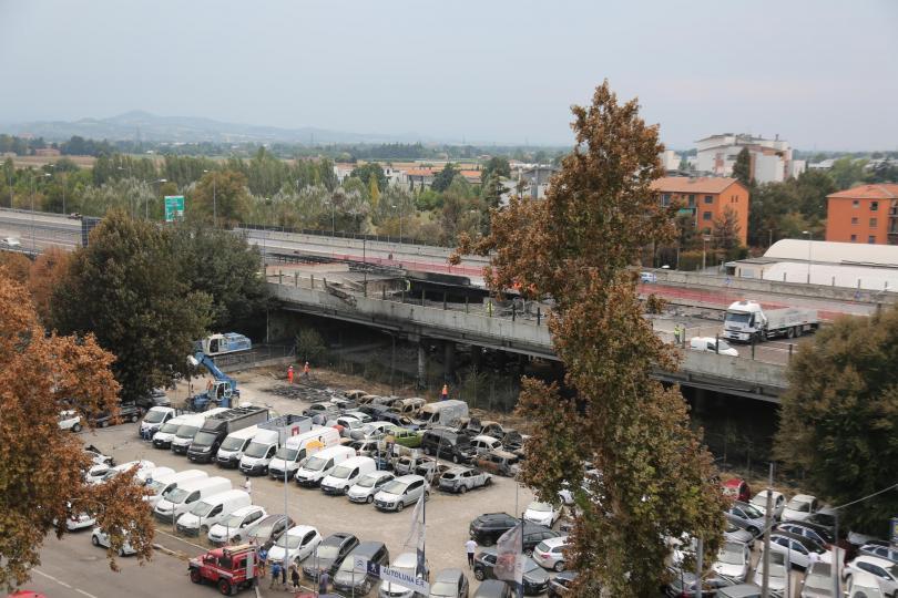 Експлозията в Болоня е нанесла щети за най-малко 10 милиона
