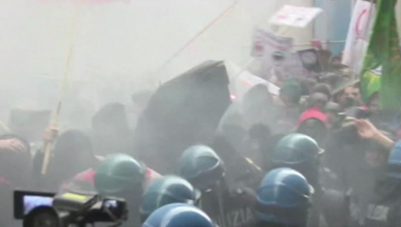 Сблъсъци в италианския град Болоня между полицията и протестиращи срещу