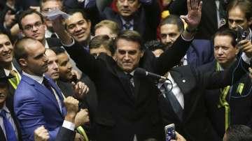 Крайнодесният кандидат за президент на Бразилия води на първи тур