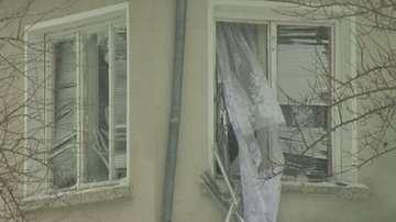Взривно устройство избухна тази нощ в двора на майката на кмета на Аксаково