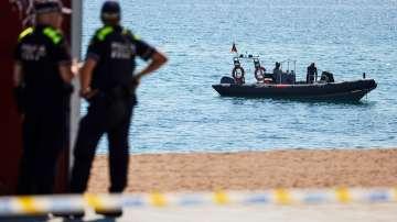Обезвредиха бомбата, открита на испански плаж
