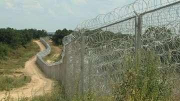 Първо екип на БНТ на защитната стена на българо-турската граница