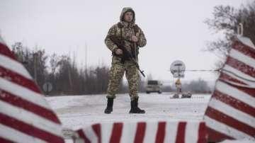 Украйна прехвърля допълнителни войски по границата си с Русия