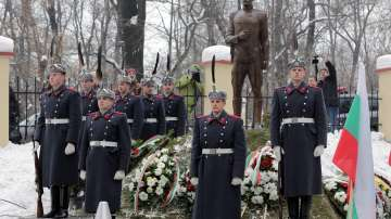 Откриха паметника на полк. Борис Дрангов