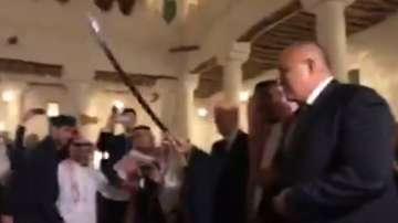 Премиерът Бойко Борисов  се включи в прочут танц със саби в Рияд (ВИДЕО)