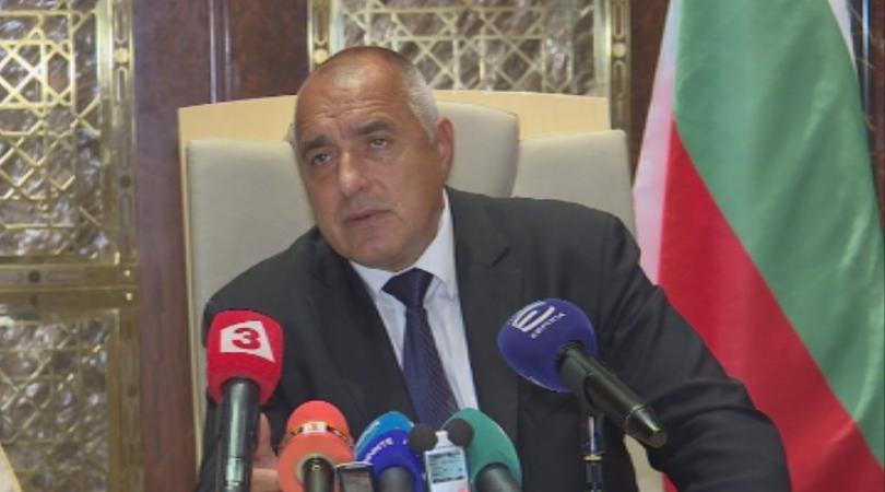 Премиерът Бойко Борисов коментира, че ако поиска силово оставката на