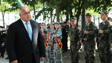 Премиерът Борисов наблюдава военното учение в Шабла