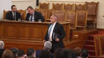 Спор в Народното събрание между Нинова и Борисов