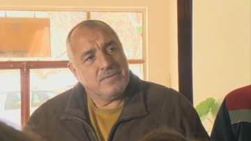 Борисов в Перник: Нашият интерес е да решим тази криза по най-добрия начин