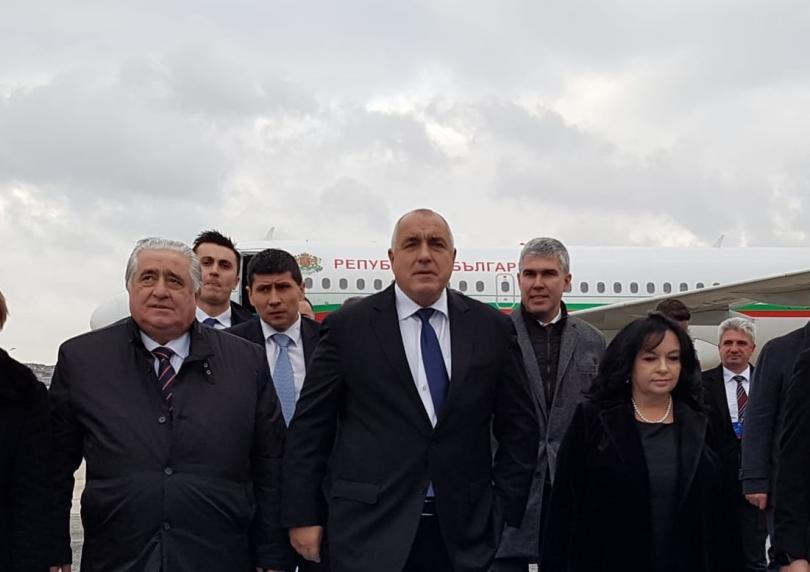 Преди минути кацна самолетът на Бойко Борисов в Истанбул. Той