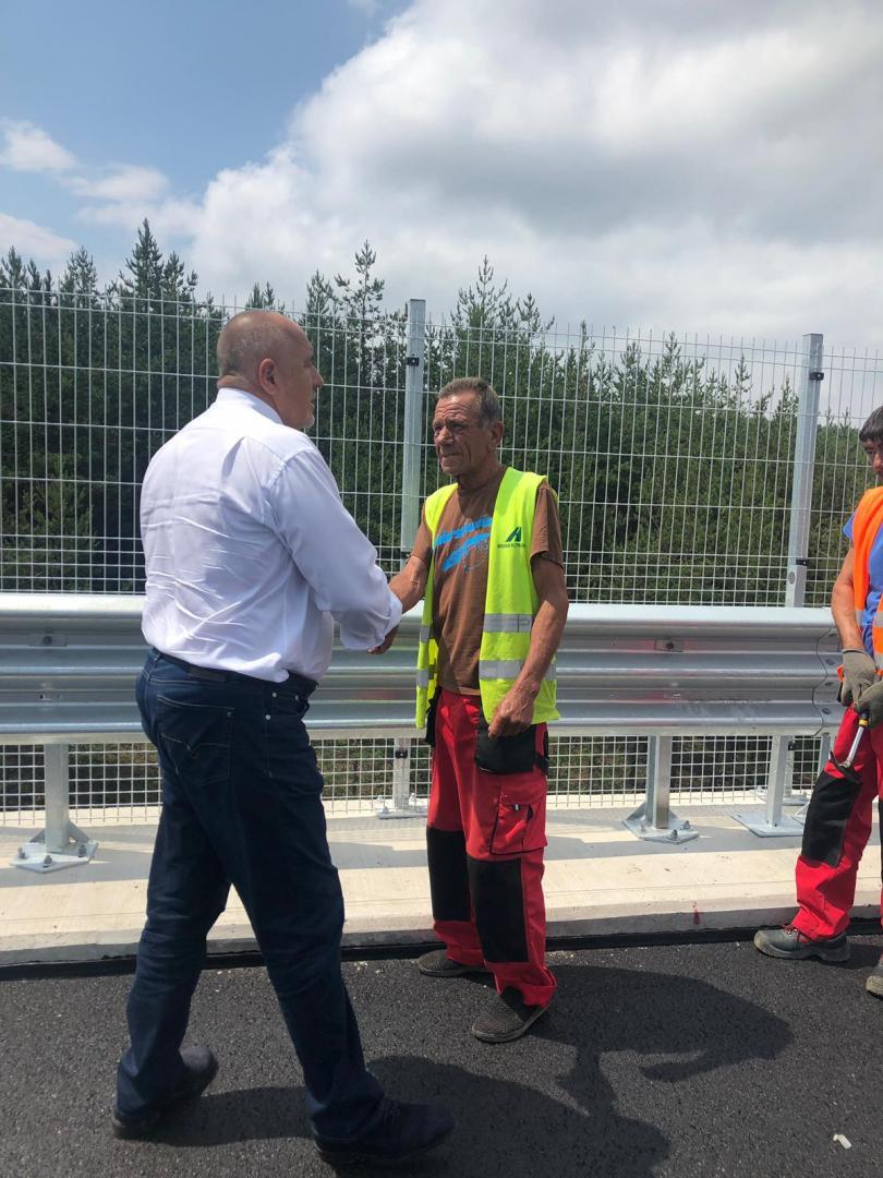 """снимка 1 Борисов за ремонтите на АМ """"Тракия"""": На практика се правят нови мостове"""