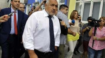 Премиерът Борисов инспектира строежа на спортната зала Арена Бургас