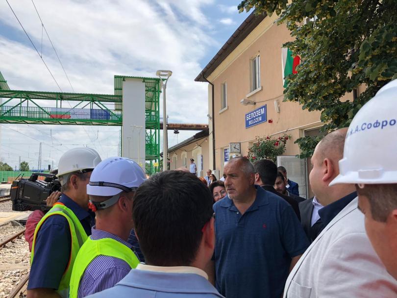 Правителството продължава приоритетно с инвестиционната програма в жп транспортната инфраструктура.