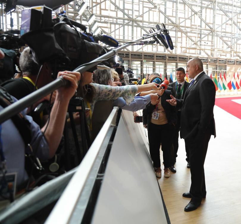 снимка 1 Премиерът Борисов от Брюксел: Надяваме се днес да има някакво решение