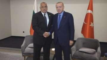 Борисов се срещна с Ердоган на форума на ПСЮИЕ в Сараево