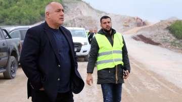 Бойко Борисов провери строежа на АМ Хемус в участъка Ябланица - Боаза