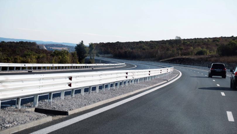 Движението при 15-ти километър на магистрала