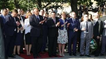 От нашия пратеник: Македонци приветстваха съвместното честване