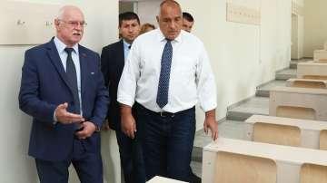 Борисов: Близо 1 млрд. лв се дават за ремонти в сферата на образовaнието