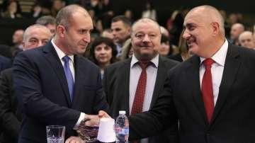 Борисов и Радев си стиснаха ръцете (СНИМКИ)